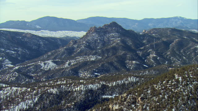 ws pan view of pike national forest outside denver / denver, colorado, usa - colorado stock videos & royalty-free footage