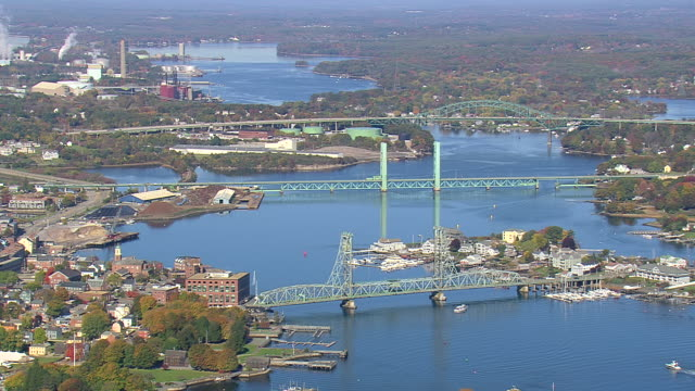 ws aerial td view of portsmouth town and harbor / new hampshire, united states - new hampshire stock-videos und b-roll-filmmaterial