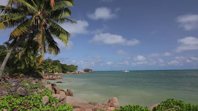 WS View of Praslin creek / Praslin, Seychelles