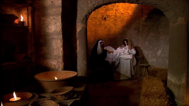 ws view of presepio vivente (living nativity scenes) / tuscany, italy   - キリスト降誕点の映像素材/bロール