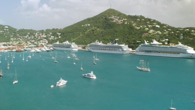 WS AERIAL POV View of Prince Frederik's Battery ruins with cruise ships moored at Charlotte Amalie Harbor / Charlotte Amalie, Hassel Island, St. Thomas - Virgin Islands, United States