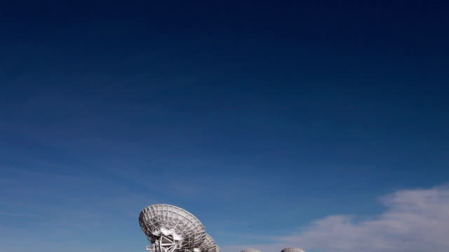 ws td view of radio telescopes in desert / lamy, new mexico, usa - lamy new mexico stock videos and b-roll footage