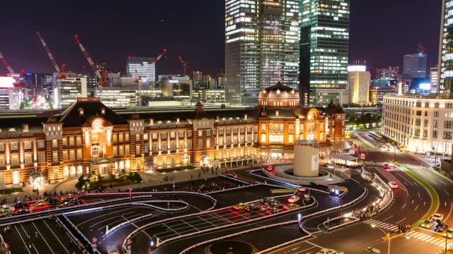 WS T/L View of recently refurbished Tokyo station at night / Tokyo, Japan