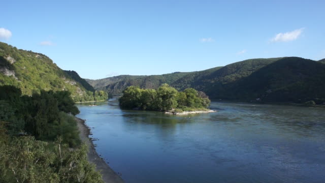 ws pov view of rhine river with mountain in sankt goar - river rhine stock videos and b-roll footage