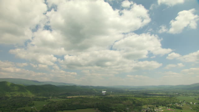 ews aerial view of robert c byrd green bank telescope in pocahontas county / west virginia, united states - bank stock-videos und b-roll-filmmaterial