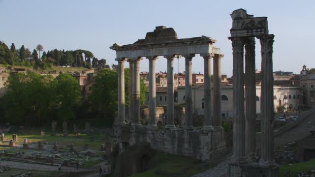 WS View of Roman Forum / Rome, Italy