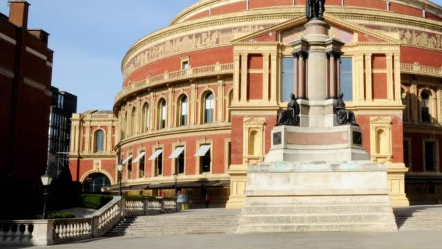 ms tu t/l view of royal albert hall / england, uk - royal albert hall stock videos & royalty-free footage