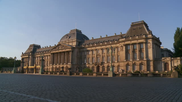 WS View of Royal Palace at sunrise / Brussels, Brussels Capital Region, Belgium