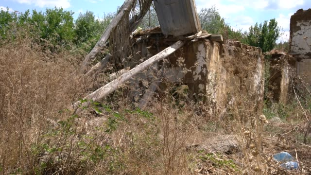 view of ruined, adobe and brick house, typical for the region of byala river valley in eastern rhodope mountains, bulgaria - brick house stock videos & royalty-free footage