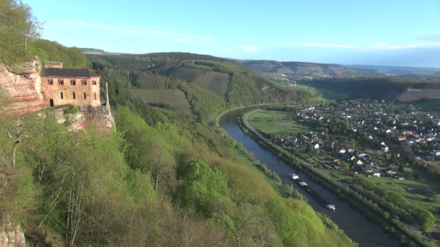 WS View of Saar Valley near Saarburg / Kastel-Staadt, Rhineland Palatinate, Germany