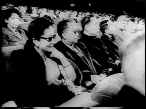 view of san francisco and city hall / delegates arrive including t v soong nelson rockefeller /press photographers flash cameras / vyacheslav molotov... - ネルソン a ロッカフェラー点の映像素材/bロール