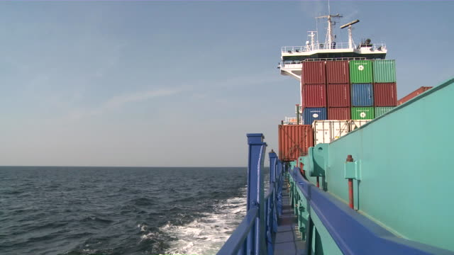 ms view of sea from container ship / baltic sea, schleswig-holstein, germany   - frachtschiff stock-videos und b-roll-filmmaterial