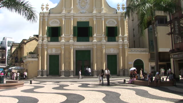 view of senado square in macau china - leal senado square stock videos & royalty-free footage