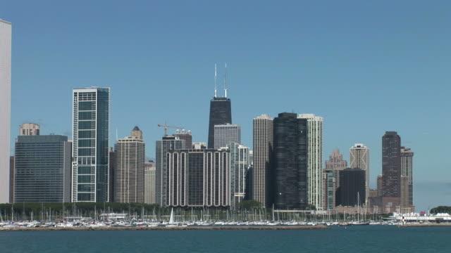 stockvideo's en b-roll-footage met view of skyscrapers in chicago united states - voor anker gaan