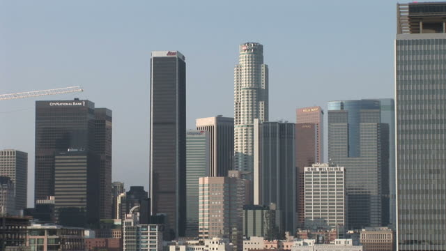 view of skyscrapers in los angeles united states - usバンクタワー点の映像素材/bロール