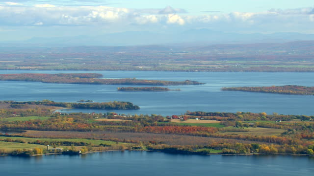 WS AERIAL ZI View of small islands in Lake Champlain / Vermont, United States