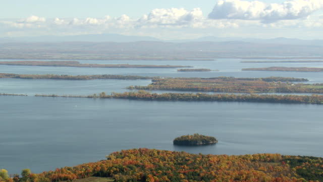 WS AERIAL PAN ZI View of small islands in Lake Champlain / Vermont, United States