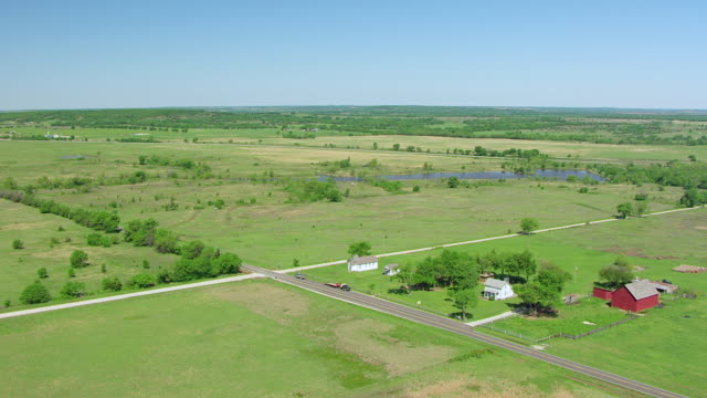 ws aerial view of small village / cushing, oklahoma, united states - cushing oklahoma stock videos & royalty-free footage