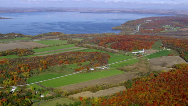 WS ARIEAL View of Small village / Vermont, United States