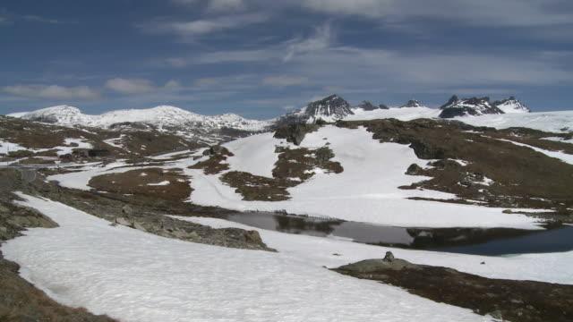 WS PAN View of snowy Sognefjellsvegen mountain / Jotunheimen Nationalpark, Sogn og Fjordane, Norway