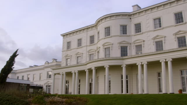 WS PAN View of Southwick house / Portsmouth, United Kingdom