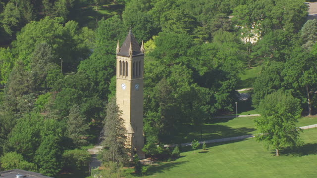 stockvideo's en b-roll-footage met  ws zo aerial pov view of stanton memorial carillon / ames, iowa, united states - memorial