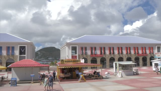 view of statue and duty free area at cruise ship terminal, philipsburg, st. maarten, dutch antilles, west indies, caribbean, central america - architecture stock videos & royalty-free footage