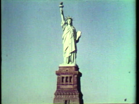 1953 ms zi view of statue of liberty / new york city, new york, usa / audio - 1953 stock videos & royalty-free footage