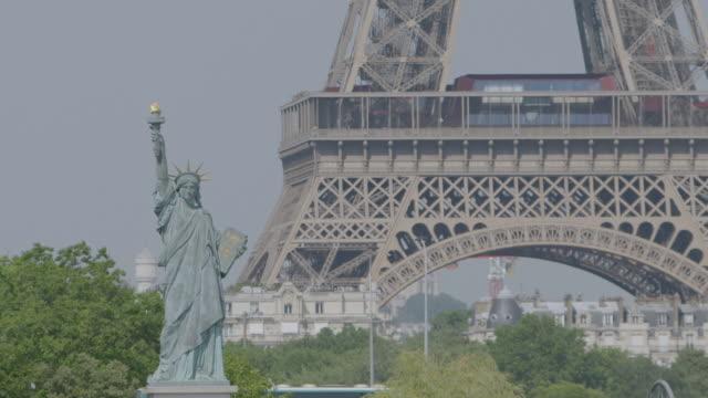 ws view of statue of liberty replica / paris, france - sockel stock-videos und b-roll-filmmaterial