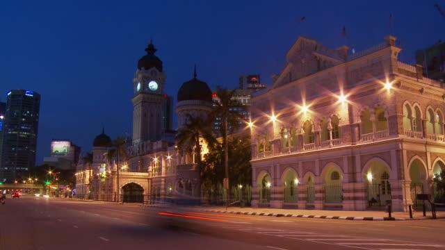 view of sultan abdul samad building kuala lumpur, malaysia - 少於10秒 個影片檔及 b 捲影像
