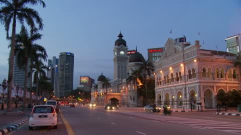 vídeos de stock, filmes e b-roll de view of sultan abdul samad building kuala lumpur, malaysia - edifício do sultão abdul samad