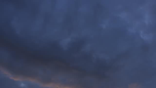vidéos et rushes de ws td view of sunset / countryside, ireland - inclinaison vers le bas
