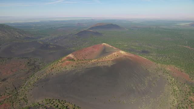 ws aerial pov view of sunset crater volcano national monument / flagstaff, arizona, united states - flagstaff arizona video stock e b–roll