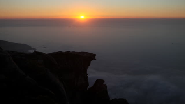 WS T/L View of sunset from Table Mountain / Cape Town, City of Cape Town, South Africa