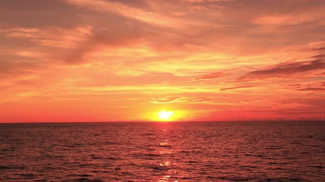 ws pov view of sunset of ogasawara islands, camera on moving ship / ogasawara islands, tokyo, japan - tramonto video stock e b–roll