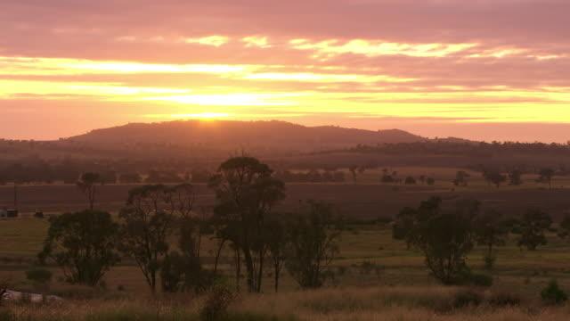 WS View of Sunset / Roma, Queensland, Australia