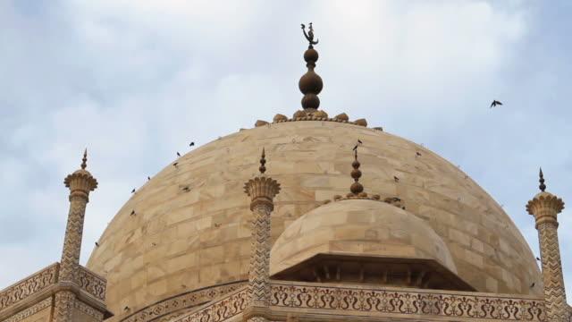 MS TD View of Taj Mahal mausoleum /Agra, Uttar Pradesh, India