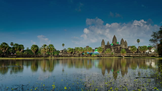 ws zo t/l view of temple infront of lake / angkor, siem reap, cambodia - cambodian culture stock videos and b-roll footage
