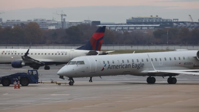 view of the american airlines hub at ronald reagan national airport on the day before the thanksgiving holiday, november 27, 2019 in arlington,... - flughafen washington ronald reagan national stock-videos und b-roll-filmmaterial
