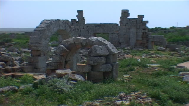 view of the byzantine ruins of the church of julianos at the archaeological site of barad. in 2018 the byzantine site of barad was bombed by turkish... - christentum stock-videos und b-roll-filmmaterial