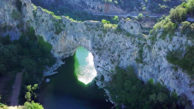 vídeos de stock e filmes b-roll de view of the chauvet cave, ardeche southern france - frança