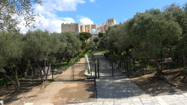 view of the closed main entrance of the acropolis of athens due to the ban. the archaeological monument remains closed for visitors. greece is under... - monument stock videos & royalty-free footage