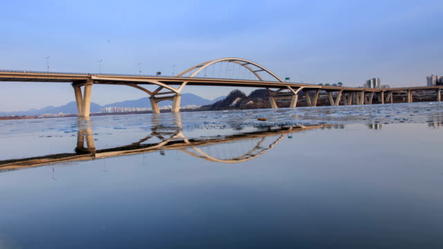 view of the guri amsa bridge (over the han river) in guri, gyeonggi-do province - kyonggi do province stock videos and b-roll footage