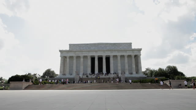 View of the lincoln memorial, camera moves up