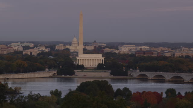 ws ha pan view of the mall at sunset / washington dc, usa - lincoln memorial stock videos & royalty-free footage