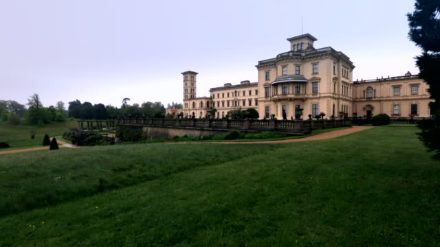 vidéos et rushes de view of the osborne house isle in east cowes, isle of wight, united kingdom - angleterre