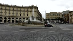 View of the Republic Square without tourists