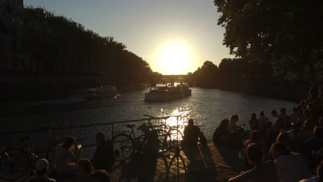 view of the seine at sunset - river seine stock videos & royalty-free footage