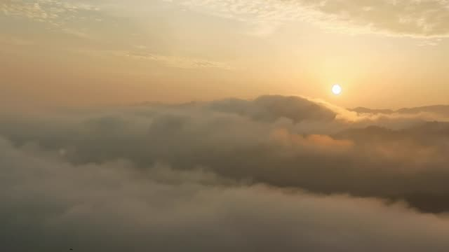 view of the sun raises at guijiang ecological scenic spot on april 27, 2020 in hezhou, guangxi zhuang autonomous region of china. - guangxi zhuang autonomous region china stock videos & royalty-free footage