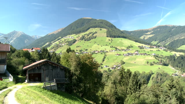View of the village Grinzens